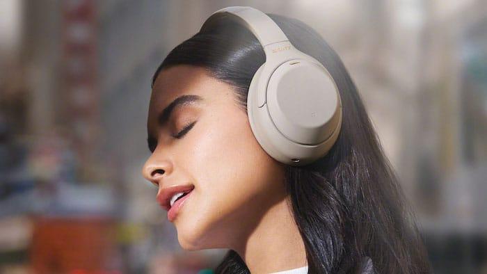 using headphone